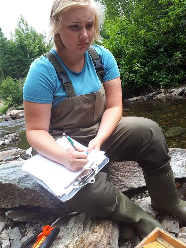 Electrofishing Student Kirsten Silliker records data in 2017